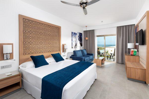 RIU Palace Boavista_R Triple Room 01